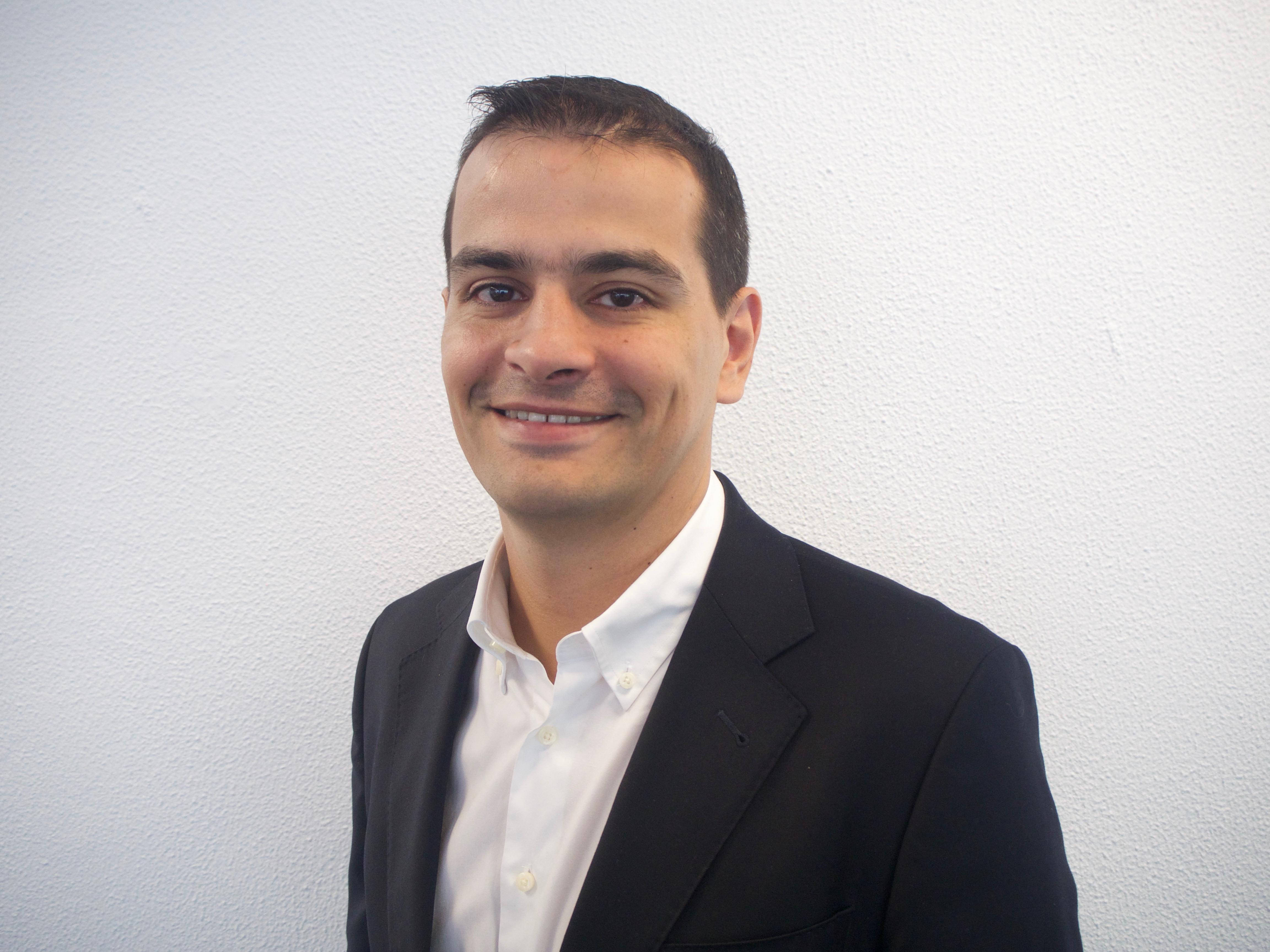 Luis Gonçalves, Noesis