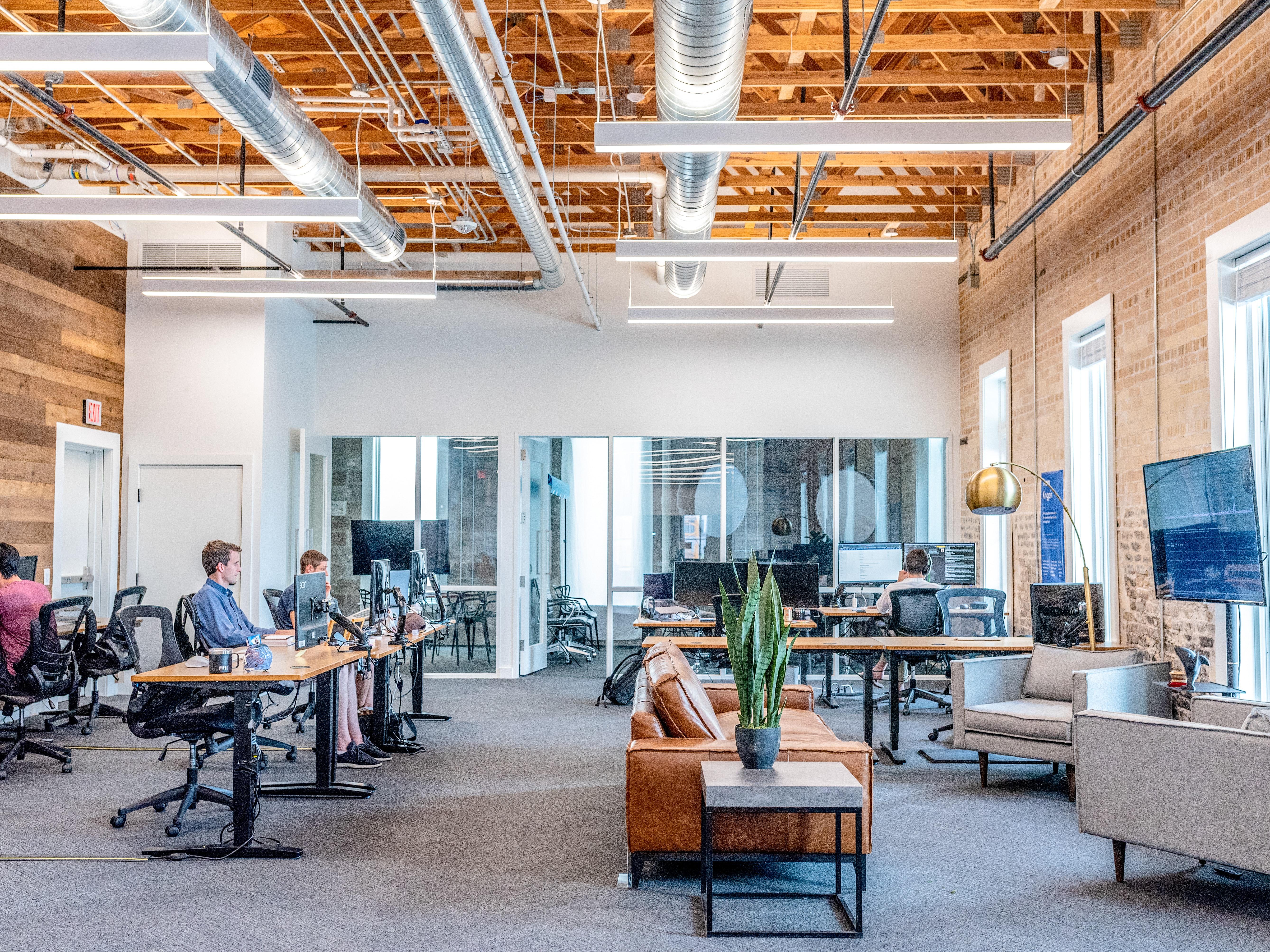 Digital Enterprise Management – Innovation Labs