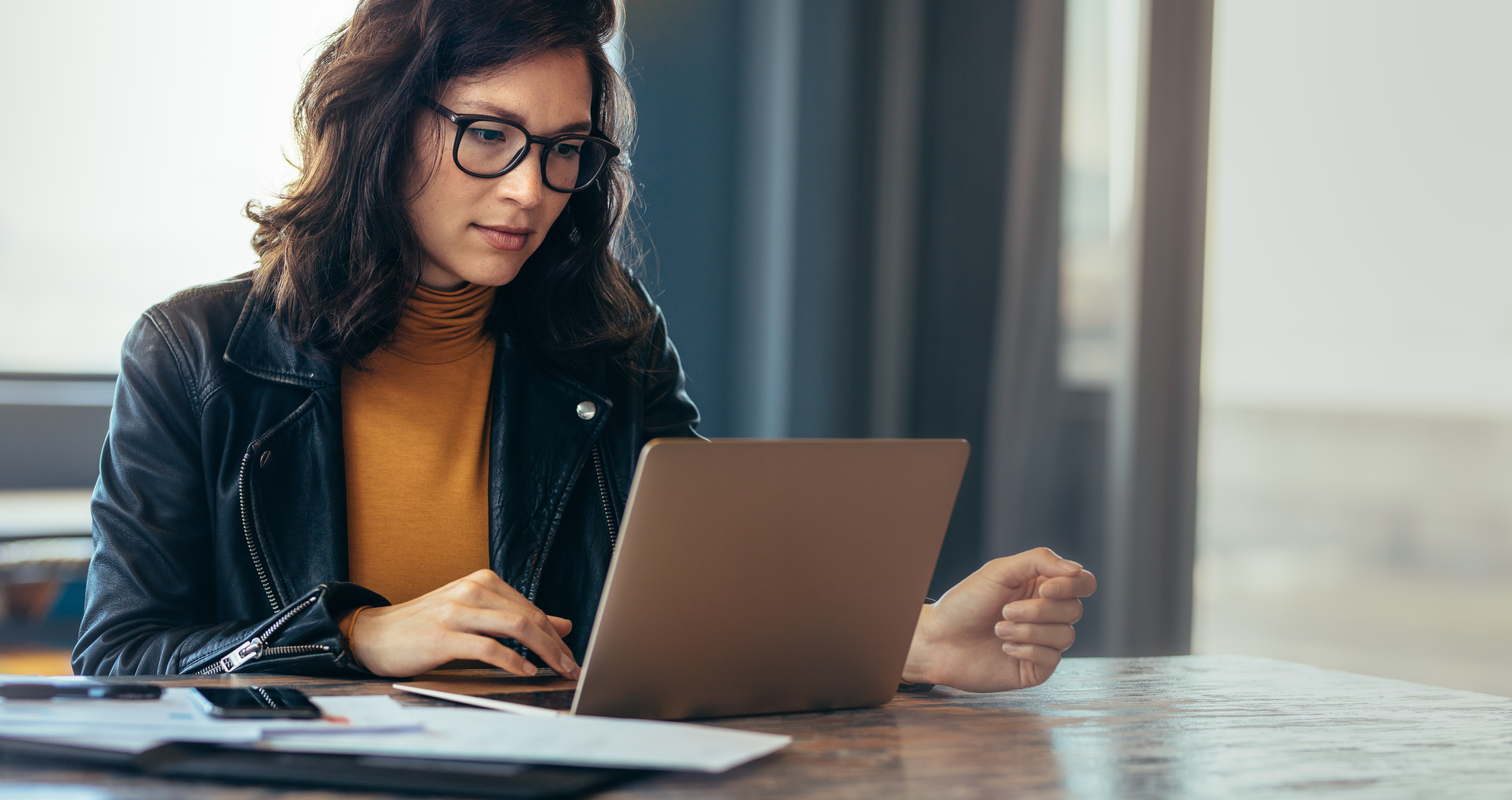 Asian woman working laptop at office