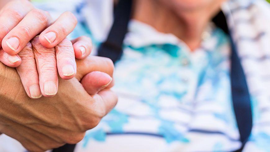 Axians ajuda a evitar o impacto do isolamento de idosos durante a pandemia